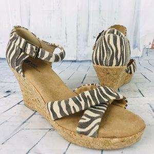 White Mountain Zebra Woven Cork Wedge Sandals Peep